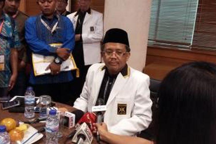 Presiden Partai Keadillan Sejahtera (PKS) Sohibul Iman, saat ditemui seusai menggelar Musyawarah Nasional ke-4 PKS di Hotel Bumi Wiyata, Depok, Jawa Barat, Senin (14/9/2015).