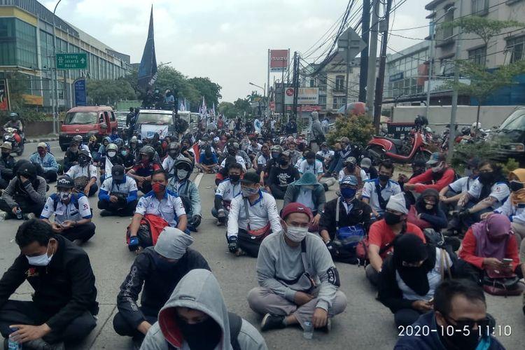 Aliansi Buruh Banten Bersatu tidak mendapatkan izin melakukan aksi penolakan omnibus law RUU Cipta Kerja di DPR