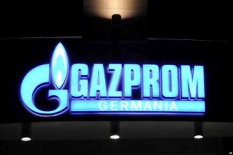 Lambang perusahaan gas nasional Rusia, Gazprom.