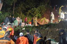 Setelah 19 Jam Pencarian, Tim SAR Akhirnya Temukan Korban Tertimbun Longsor di Lembang