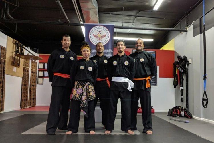 Para pesilat Amerika Serikat (dari kiri) Alpha Pereira, Amanda Pereira, Abdul Malik, Adam Pereira dan Richard Subaran.