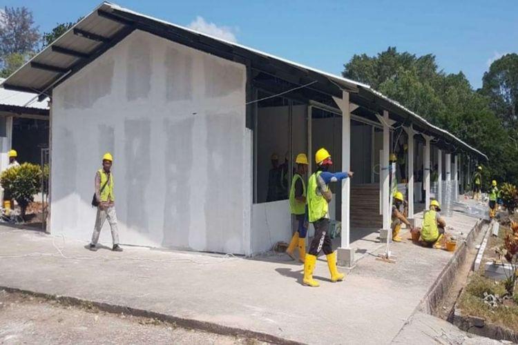 Pembangunan fasilitas observasi dan isolasi corona di Pulau Galang ditargetkan rampung pada 28 Maret 2020. Progres konstruksinya saat ini mencapai 32 persen