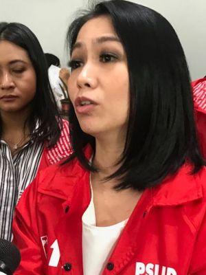 Politisi PSI yang kini jadi Staf Khusus Presiden, Dini Purwono