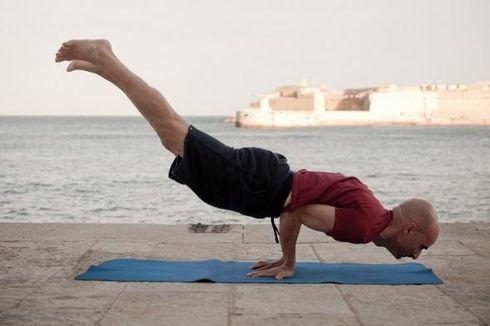 Jangan Buang Matras Yoga Bekas! Gunakan untuk Berbagai Keperluan