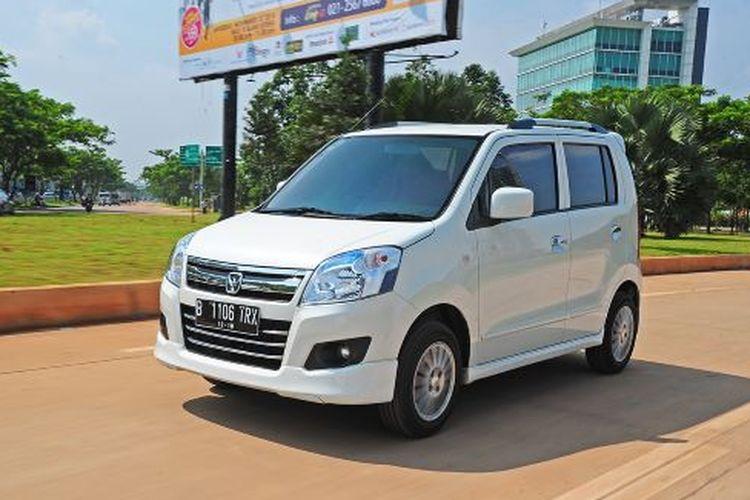 Ilustrasi oleh Suzuki Karimun Wagon R.