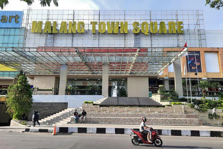 Ma Malang Town Square menjelang ditutup akibat PPKM darurat, Jumat (2/7/2021).