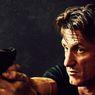 Sinopsis The Gunman, Sean Penn Jadi Target Pembunuhan Organisasinya