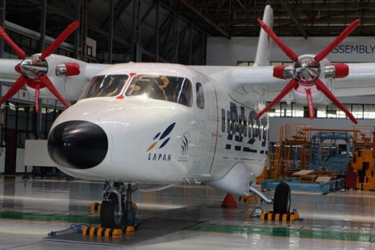 Pesawat N219 rancangan PT Dirgantara Indonesia dianggap sesuai untuk program blusukan Presiden Republik Indonesia, Joko Widodo.