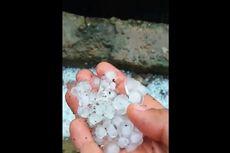 Dampak Hujan Es dan Angin Puting Beliung di Cianjur, 70 Rumah Rusak