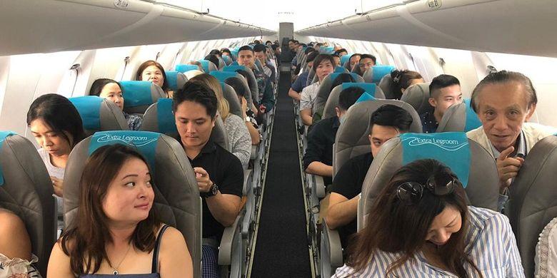 Penumpang pesawat penerbangan reguler perdana Singapura-Tanjung Pandan yang terdiri dari pelaku usaha pariwisata serta insan media Singapura, Senin (29/10/2018).