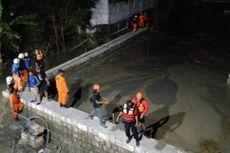 Penahan Lumpur Proyek Gedung di Surabaya Jebol, Seorang Warga Tewas Tertimbun