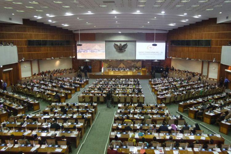 Rapat paripurna DPR RI pengambilan keputusan Rancangan Undang-Undang Pemilu (RUU Pemilu), Kamis (20/7/2017).