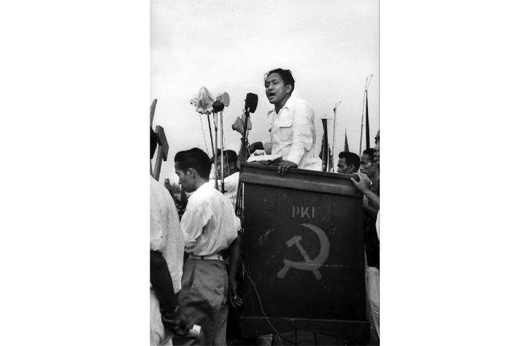 Foto sosok mirip Jokowi di Pidato D.N. Aidit