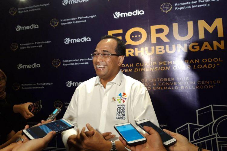 Menteri Perhubungan Budi Karya Sumadi ketika memberikan keternagan kepada awak media selepas acara Forum Perhubungan di Jakarta, Rabu (3/10/2018).