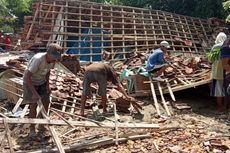 Angin Kencang Sebabkan 850 Rumah Rusak, Tower, dan Gedung SMK Ambruk