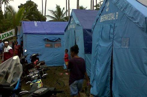 Anak-anak Korban Wai Ela Belajar di Tenda