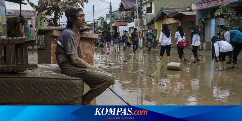 Banjir di Lima Perumahan di Bekasi Mulai Surut, Em