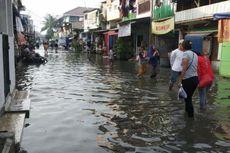 Lima Hari Terendam, Banjir di Jalan Krapu Muara Angke Malah Tambah Tinggi