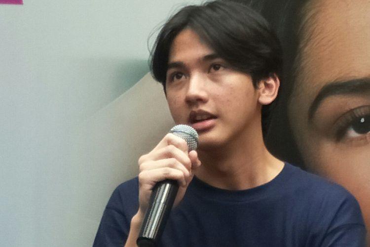 Ari Irham saat presscon film Generasi 90an: Melankolia di kawasan Cilandak, Jakarta Selatan, Selasa (10/3/2020)
