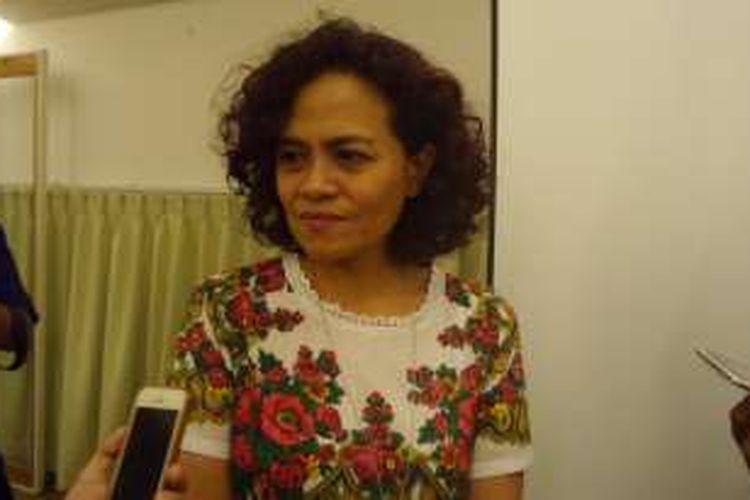 Mira Lesmana usai konferensi pers film AADC? 2 di Greenhost Boutique Hotel, Yogyakarta, Jumat (22/4/2016).