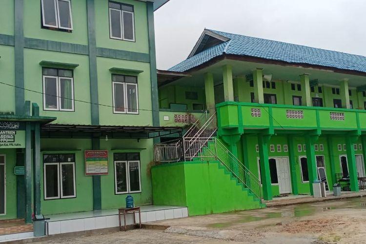 Suasana Pondok Pasantren Syekh Muhammad Arsyad Al-Banjari di Penajam Paser Utara (PPU), Kalimantan Timur saat ditutup belum lama ini, September 2020.