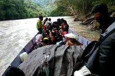 Perjuangan Siswa Perbatasan RI-Malaysia Ikut Ujian ANBK, 6 Jam Arungi Sungai Deras Cari Sinyal Internet