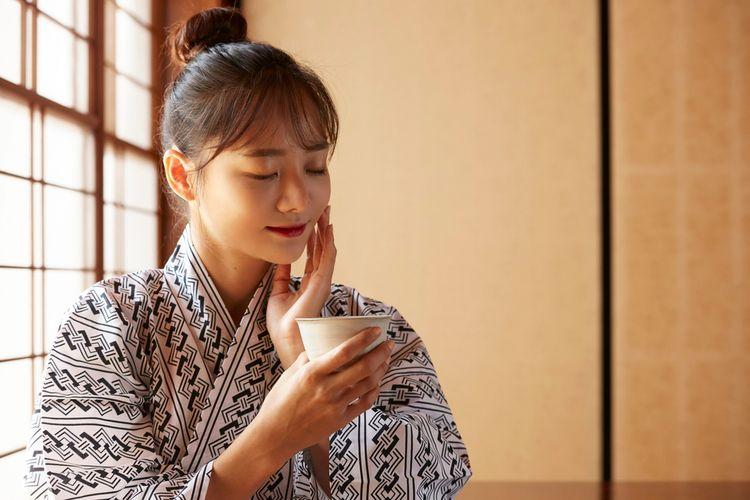Ilustrasi merawat wajah aa Jepang