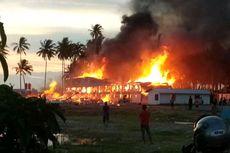 2 Bangunan Tempat Tinggal Pekerja Proyek Pelabuhan Kijing Terbakar