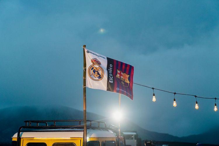 LaLiga menyorot tingginya antusiasme dan intensitas pertandingan Real Madrid vs Barcelona dengan mengadakan beberapa aktivasi internasional yang bertajuk ElClasico menguasai dunia. Di Indonesia, aktivasi tersebut berpusat di Gunung Bromo, Jawa Timur.