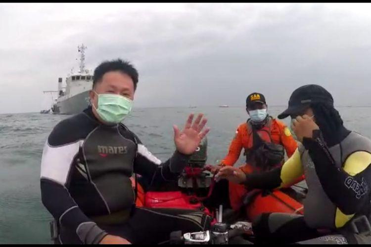 Hence Kertajaya Penyelam relawan yang temukan potongan jenazag korban Sriwijaya Air SJ 182