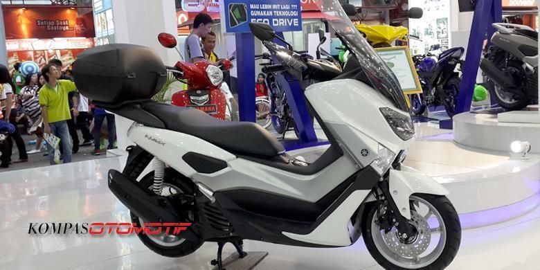 Yamaha Indonesia menawarkan aksesori untuk NMAX, lengkap dengan suspensi lebih empuk.
