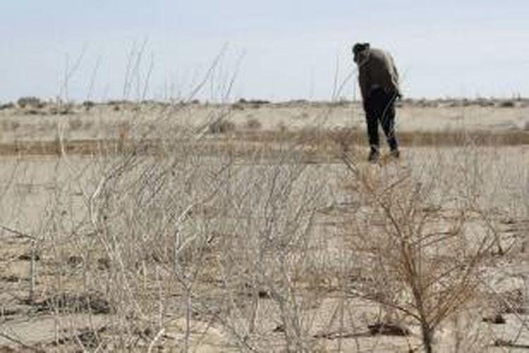 Petani di Australia Selatan mengaku mereka korban bencana kekeringan lahan yang terlupakan lantaran skema bantuan pinjaman dana bagi mereka tidak kunjung terealisasi.
