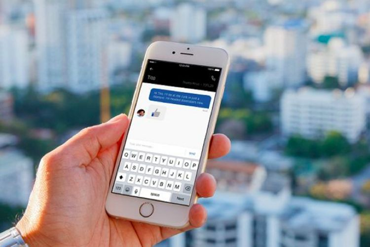 Ilustarasi fitur In-App Chat Uber.