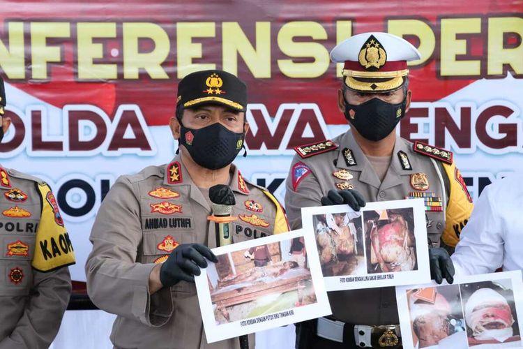 Kapolda Jawa Tengah, Irjen Pol Ahmad Luthfi menggelar pers rilis kasus ledakan petasan yang menewaskan empat orang di Mapolres Kebumen, Jumat (14/5/2021).