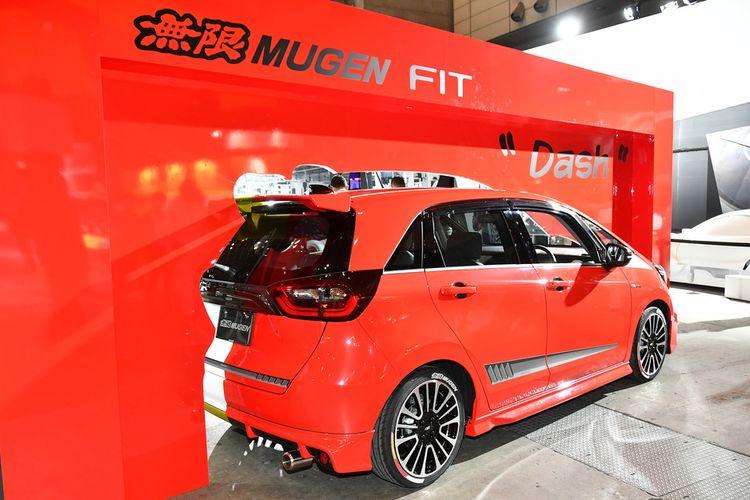 Honda Jazz terbaru terlihat lebih sporty berkat modifikasi dari Mugen