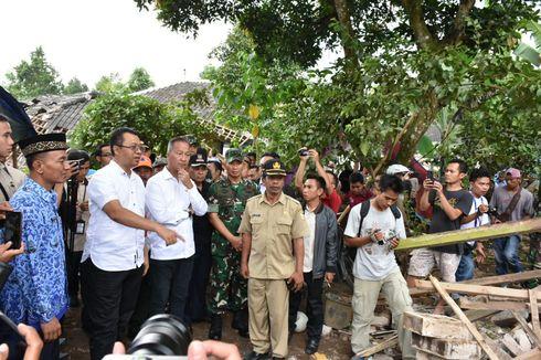 Temui Korban Gempa Lombok, Mensos Salurkan Bantuan Rp 740 Juta