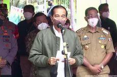 Saat Warga Curhat ke Jokowi, Vaksinasi Door to Door Pakai Perahu karena Banjir...