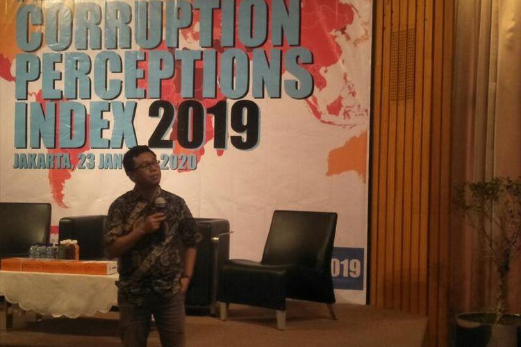 Manager Departemen Riset Transparency International Indonesia  Wawan Suyatmiko dalam Acara Peluncuran Corruption Perception Index 2019 di Sequis Center, Jakarta Selatan, Kamis (23/1/2020)