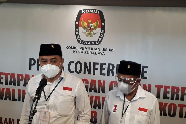 Pasangan Eri Cahyadi-Armuji memberikan keterangan pers kepada awak media usai ditetapkan sebagai Wali Kota dan Wakil Wali Kota Surabaya terpilih, Jumat (19/2/2021).