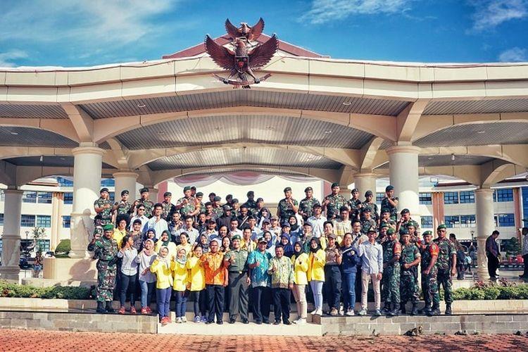 Tim  Ekspedisi Bumi Cenderawasih (EBC) Mapala UI secara resmi telah dilepas secara oleh Pemerintah Daerah (Pemda) Papua Barat di Manokwari, Kamis (9/8/2018). Pelepasan tim Ekspedisi Bumi Cendrawasih ini menandakan seluruh kegiatan yang telah direncanakan akan dimulai.