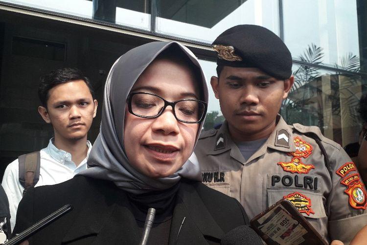 Mantan anggota DPR Eni Maulani Saragih saat ditemui di Gedung Merah Putih KPK usai menjalani pemeriksaan, Kamis (10/10/2019).