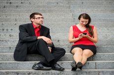 Menurut Penelitian, Umumnya Hubungan Cinta di Kantor Berujung pada Pernikahan