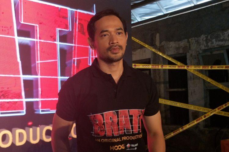 Oka Antara di sela konferensi pers web series berjudul Brata di kawasan Kota Tua, Jakarta Barat, Kamis (6/9/2018).