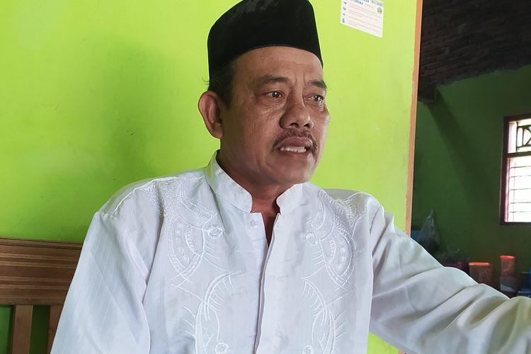 Sumarto (56), orang tua AS (32), warga Desa Pageralang, Kecamatan Kemranjen, Kabupaten Banyumas, Jawa Tengah.