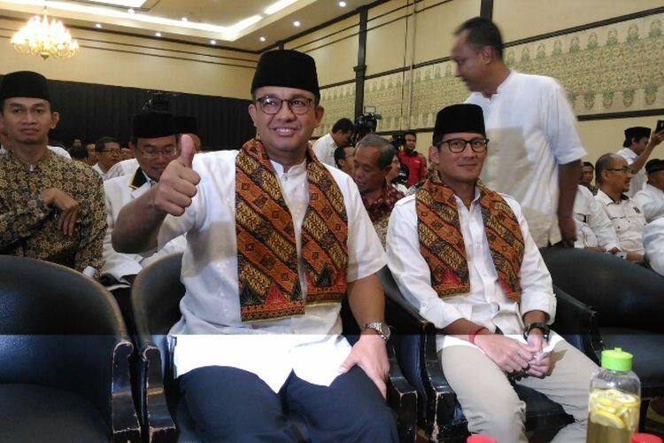 Gubernur dan Wakil Gubernur DKI Jakarta terpilih, Anies Baswedan-Sandiaga Uno menghadiri acara selamatan dan doa yang digelar oleh Partai Keadilan Sejahtera (PKS), Minggu (15/10/2017).
