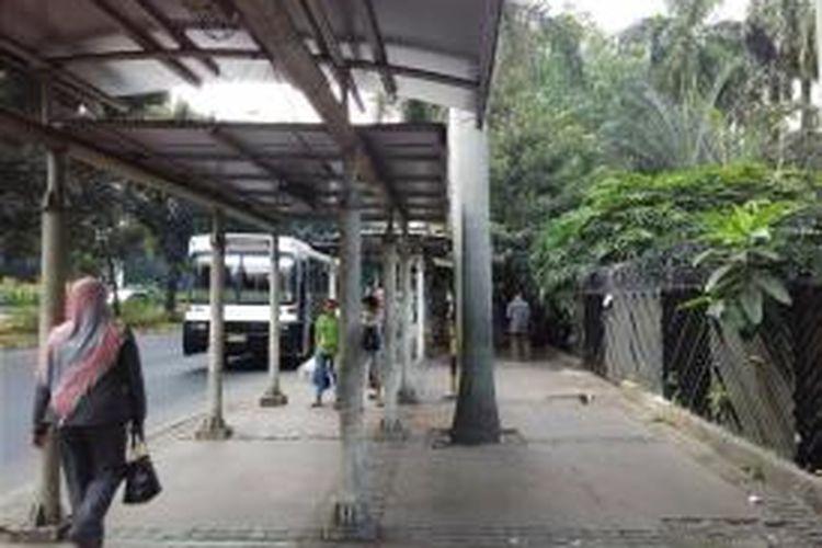 Usai lebaran, ruas jalan Sudirman minim PKL pada Rabu (22/7/2015) sore