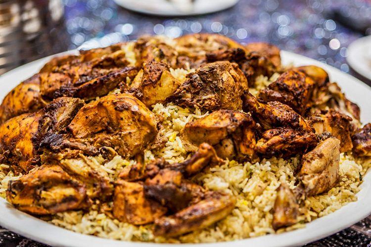 Kuliner machebo atau machboos.