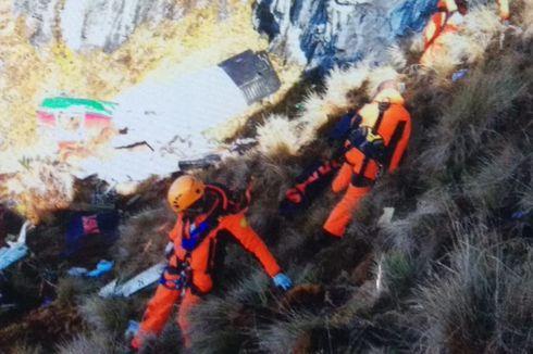 Dua Korban Pesawat Twin Otter Teridentifikasi lewat Gigi dan Cincin Nikah