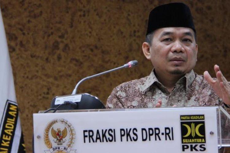 Ketua Fraksi PKS di DPR, Jazuli Juwainj