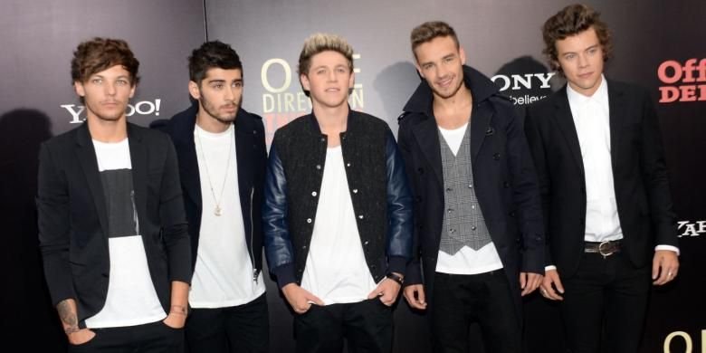 One Direction--(dari kiri ke kanan) Louis Tomlinson, Zayn Malik, Niall Horan, Liam Payne, dan Harry Styles--hadir dalam acara pemutaran perdana film dokumenter 3D One Direction, This Is Us, di Ziegfeld Theater, New York City (AS), Senin (26/8/2013) waktu setempat.